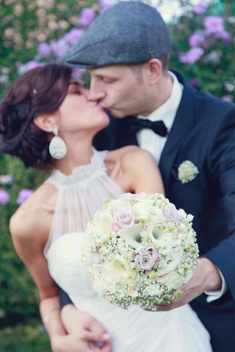 Brautstrauß ganz edel in zarten Farben